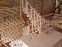 Лестница маршевая с поворотом через площадку