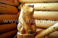 Медвежонок из дерева