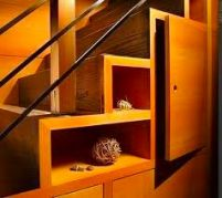 Деревянная лестница для дома - способы установки