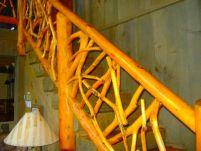 Деревянная лестница гусиный шаг