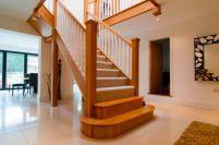 Экономичные деревянные лестницы цены из разряда «недорого»