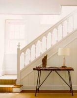 Самостоятельный монтаж деревянных лестниц в загородном доме